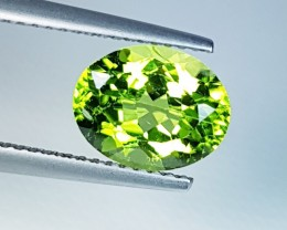"2.93 ct ""IGI Certified "" Lovely Gem Oval Cut Natural Peridot"