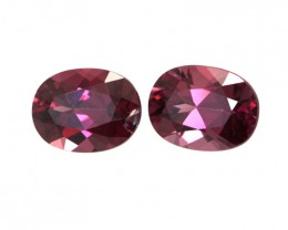 3.30cts Natural Rhodolite Garnet Matching Oval Cut