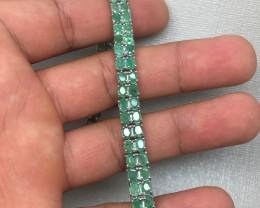 (B3) Wonderful Nat 93.3tcw. Top Rich Green Brazilian Emerald Bracelet
