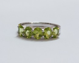 Peridot 925 Sterling silver ring #683