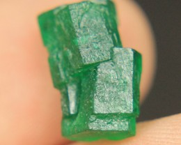Natural Emerald  twins Crystal Attach with Each other Collector's Gem
