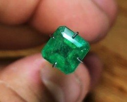 1.55 cts Emerald - Rich Green Color - High-End