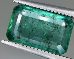 3.30 Crt Emerald Faceted Gemstone (R 180)