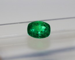 1.15 carat Vivid Green high quality Panjshir Emerald