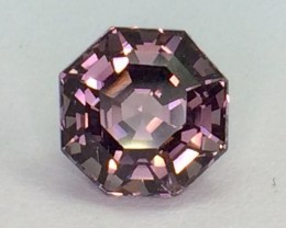 3.33 Crt Gil Certified Spinel Top Luster Top Cutting Gemstones