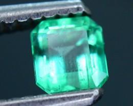 Glowing Columbian Emerald 0.47 ct SKU.6
