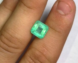 5.60 cts Emerald - Mint Green Glowing - Nova Era, Brazil