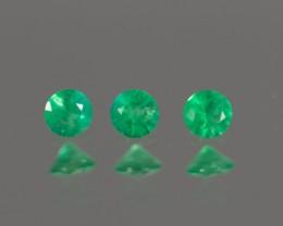Green Emerald 2.94 - 2.96 mm  0.26 ct Zambia GPC Lab
