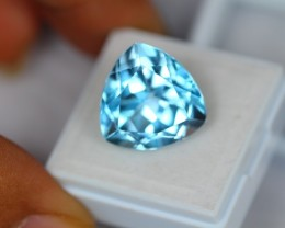 18.01Ct Natural Blue Topaz Trillion Cut Lot V1494