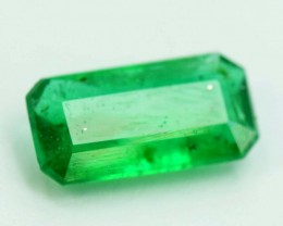 Win On 199 $ 0.85 cts  Top Grade Color and lustor Rare Swat Emerald Gemston