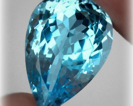 13.64ct Jewellery Grade Sky Swiss Blue Topaz Pear cut VVS No reserve