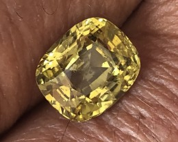3.53ct cushion ct chrysoberyl yellowish green Sri Lanka.