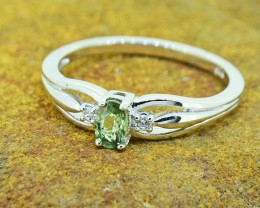 Natural  Green Sapphire 925 Sterling Silver Ring Size 7 US (SSR0389)
