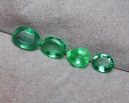 1.50CRT TRANSLUCENT GREEN EMERALD COLOMBIA