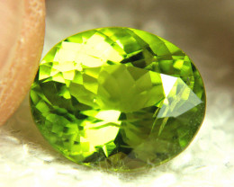 6.20 Carat VS Himalayan Peridot - Superb