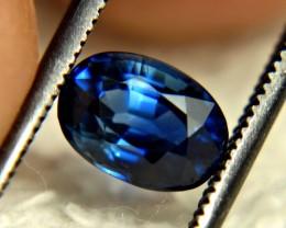 CERTIFIED - 1.51 Carat VVS Blue Sapphire - Gorgeous