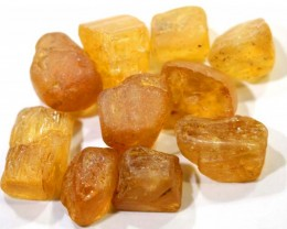 46.50CTS IMPERIAL TOPAZ ROUGH  PARCEL        RG-2784