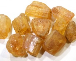 69.15CTS IMPERIAL TOPAZ ROUGH  PARCEL        RG-2785