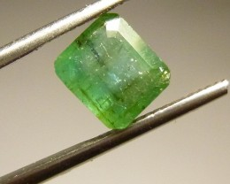 2.45cts  Emerald , 100% Natural Gemstone