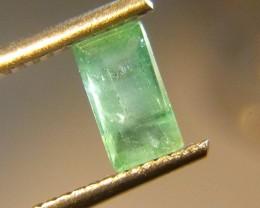 0.78cts  Emerald , 100% Natural Gemstone