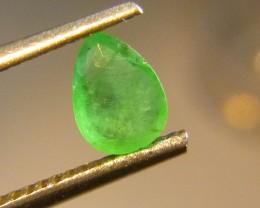 0.68cts  Emerald , 100% Natural Gemstone