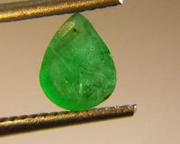 0.81cts  Emerald , 100% Natural Gemstone