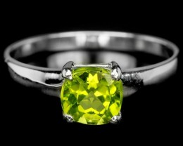 9ct Green Peridot 925 Sterling Silver Ring US 7.75