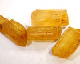 21.30CTS IMPERIAL TOPAZ ROUGH  PARCEL        RG-2879