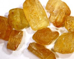 62.45CTS IMPERIAL TOPAZ ROUGH  PARCEL        RG-2885