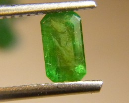 Excellent color 0.76cts  Emerald , 100% Natural Gemstone