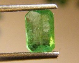 0.96cts  Emerald , 100% Natural Gemstone