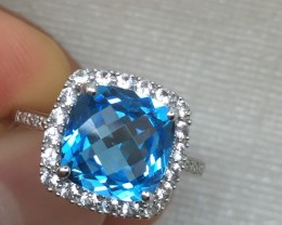 (B1) Cert. $1350 Nat. 3.67ct Blue Topaz Ring 10K WG 2.87gr