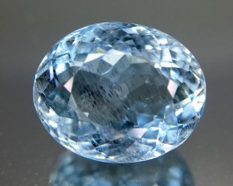 3.80 Crt Aquamarine Faceted Gemstone (R 201)