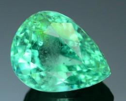 Gil Certified  Emerald 2.76 ct Glowing Color Colombian Muzo Mine SKU.7