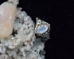 NATURAL UNTREATED RAINBOW MOONSTONE RING 925 STERLING SILVER JE302