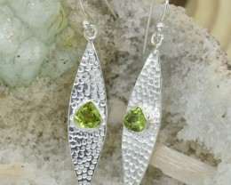 NATURAL UNTREATED PERIDOT EARRINGS 925 STERLING SILVER JE316