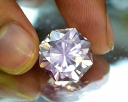 No Reserve - 18.15 cts fancy flander Cut Lilac Pink Color Natural Kunzite