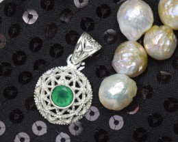 NATURAL UNTREATED GREEN ONYX PENDANT 925 STERLING SILVER JE352