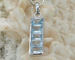 NATURAL UNTREATED BLUE TOPAZ PENDANT 925 STERLING SILVER JE376