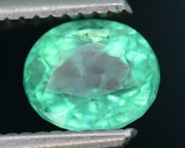 AAA Quality 1.41 ct Colombian Emerald SKU.7