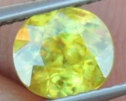 "1.77cts, Sphene ""Titanite"", ""NEON Glow"""
