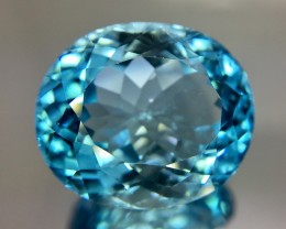 31.90 Crt Topaz Faceted Gemstone