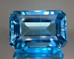 18.90 Crt Topaz Faceted Gemstone