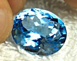 27.47 Carat Blue VVS1 Brazilian Topaz - Gorgeous