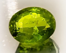 4.66ct Large Lovely Luster Pakistan Peridot ~ No Reserve