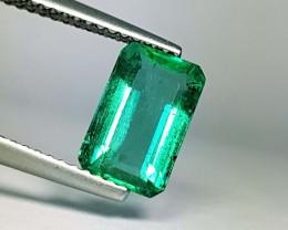 1.90 ct Excellent Green Emerald Cut Natural Emerald