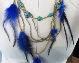 TURQUOISE/HOWLITE PURPLE FEATHER STYLE NECKLACE QT178
