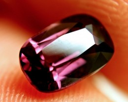 CERTIFIED  & STUNNING PINK / PURPLE SPINEL ~ VVS1~3.19cts ~ GORGEOUS