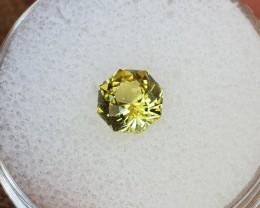 1,09ct Yellowish green Peridot - Master cut!