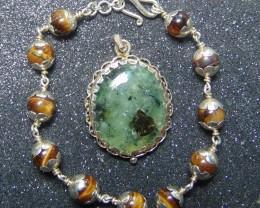 Prehnite jewellery designed pendent silver 153.50 cts